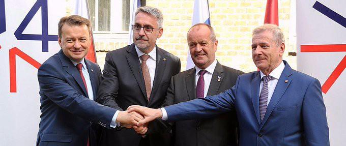 Błaszczak: Współpraca V4 korzystna dla państw i bezpieczeństwa obywateli - GospodarkaMorska.pl