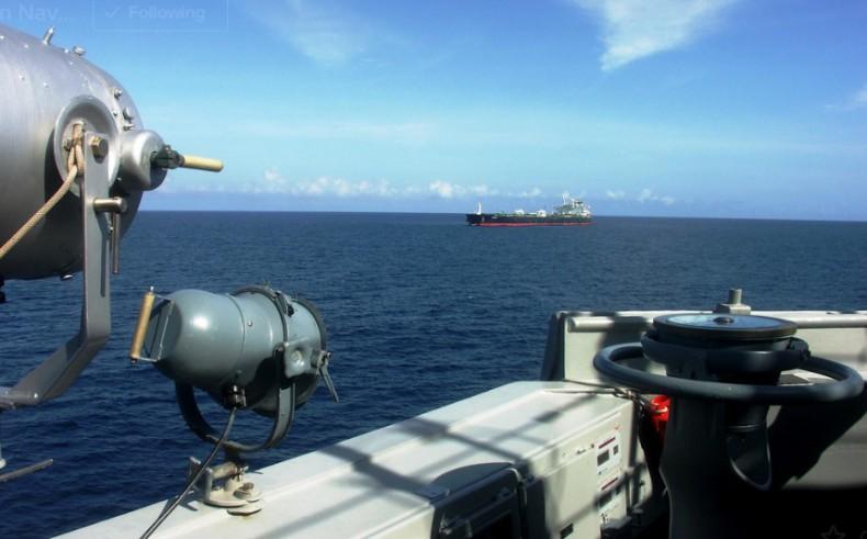 Piraci porwali czterech marynarzy z greckiego tankowca - GospodarkaMorska.pl