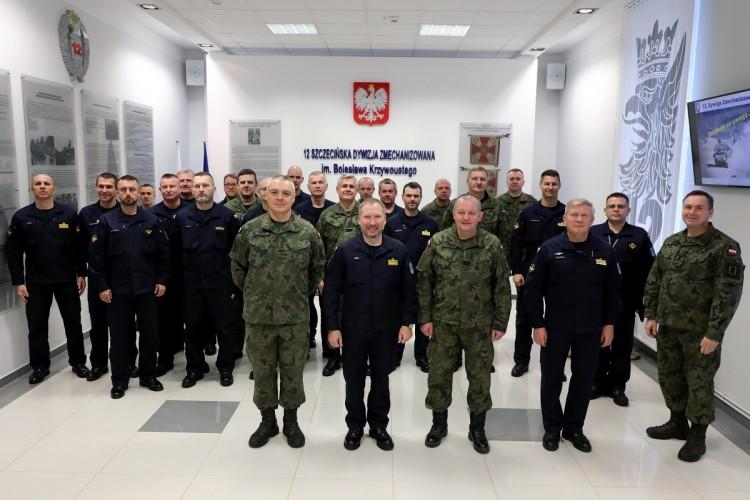Szkolenie dowództw jednostek 8.FOW - GospodarkaMorska.pl