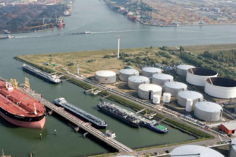 Shell zarobił ponad miliard dolarów na handlu paliwem morskim - GospodarkaMorska.pl