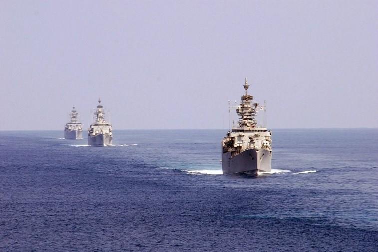 Szef NATO: zwrot ukraińskich okrętów może pomóc we wdrażaniu porozumień z Mińska - GospodarkaMorska.pl