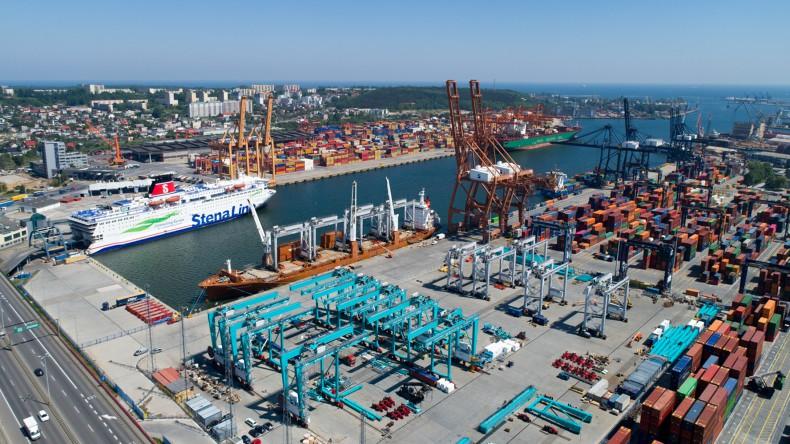 Świetne wyniki Portu Gdynia. Wzrost przeładunku kontenerów aż o 13%! - GospodarkaMorska.pl