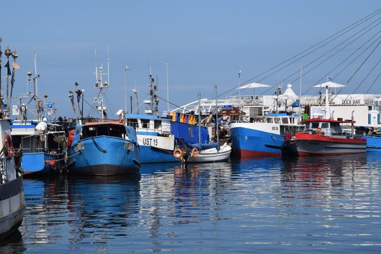 Gróbarczyk chce, by porty obniżyły opłaty dla statków rybackich i wędkarskich - GospodarkaMorska.pl