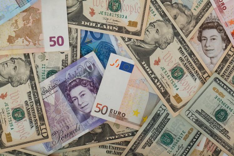 Dolar traci pomimo napięć na Bliskim Wschodzie - komentarz Ebury - GospodarkaMorska.pl