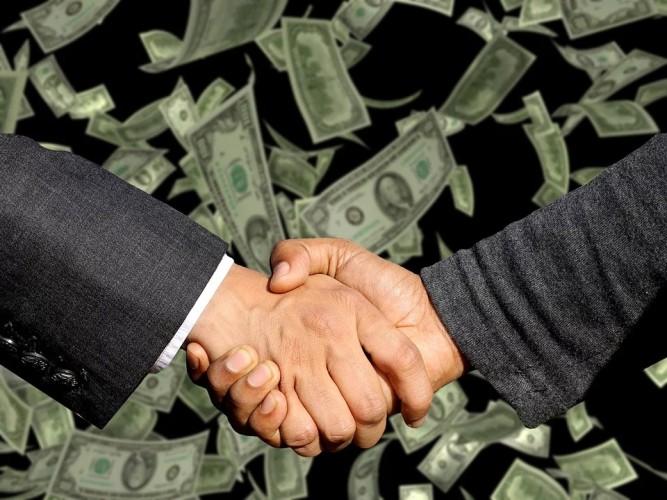 ZEA i Indonezja podpisały kontrakty na ponad 20 mld dolarów - GospodarkaMorska.pl