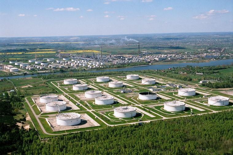 Homeltransnafta o technicznych możliwościach rewersu ropy z Polski - GospodarkaMorska.pl