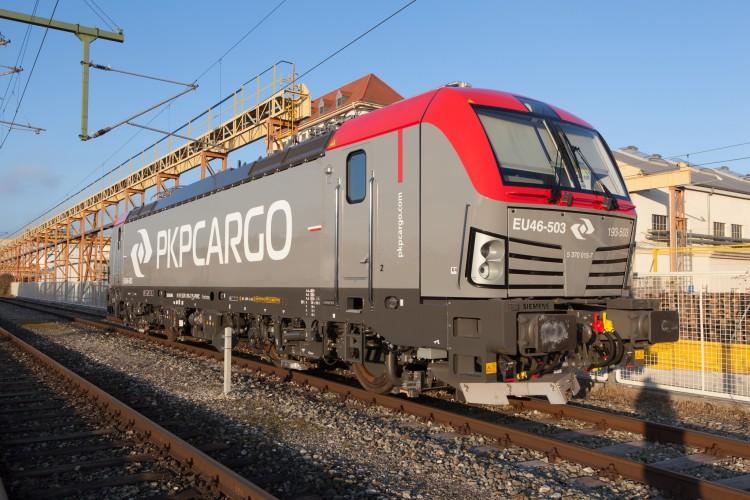 PKP Cargo z 20 lokomotywami Vectron MS od Siemensa - GospodarkaMorska.pl
