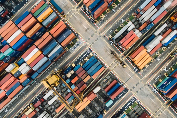 Szanghaj wciąż numerem jeden wśród portów kontenerowych - GospodarkaMorska.pl