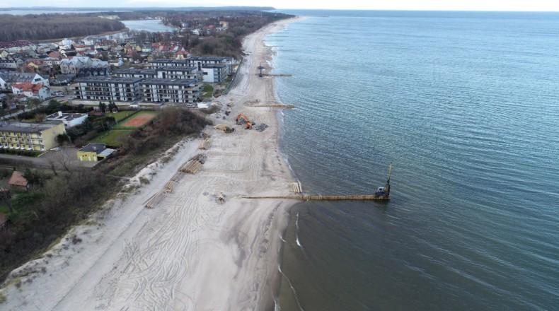 Sztuczne zasilanie plaży w Dziwnowie - GospodarkaMorska.pl