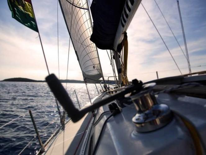 Sześciokrotny olimpijczyk w żeglarstwie Grek Bountouris w stanie krytycznym - GospodarkaMorska.pl