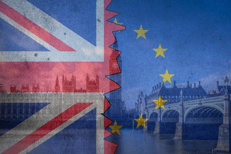 W okresie przejściowym Brexitu zostanie ok. 800 umów do negocjacji - GospodarkaMorska.pl