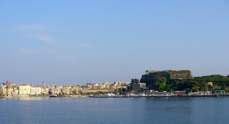 Grecja zamierza oddać w dzierżawę 10 regionalnych portów morskich - GospodarkaMorska.pl