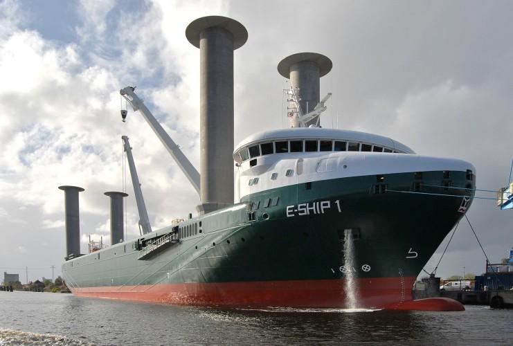 Futurystyczny E-Ship 1 po raz pierwszy w Polsce - GospodarkaMorska.pl