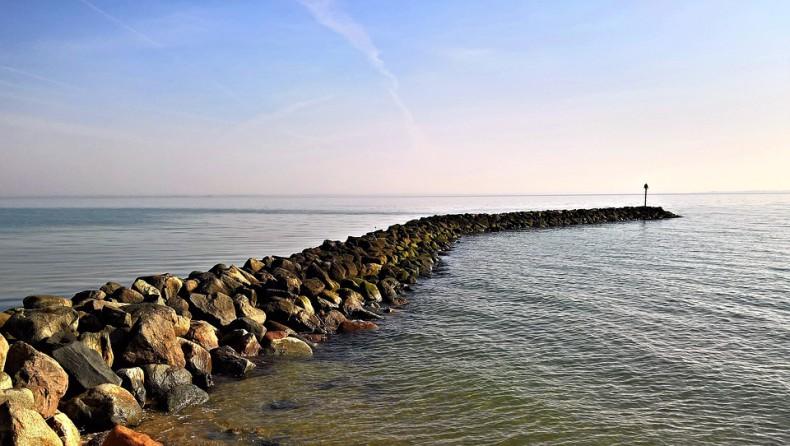 IMGW: wzrost poziomu wód na wybrzeżu i Podkarpaciu - GospodarkaMorska.pl