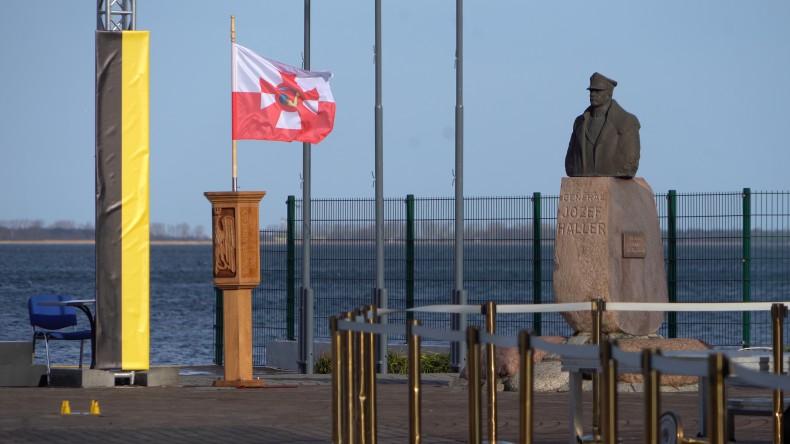 100 lat temu przed Polską otworzyły się oceany i morza całego świata. Obchody 100-lecia zaślubin Polski z morzem (foto, wideo) - GospodarkaMorska.pl
