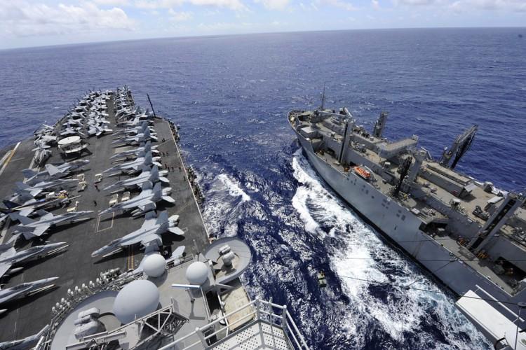 Marynarka wojenna USA przejęła na Morzu Arabskim irańską broń - GospodarkaMorska.pl