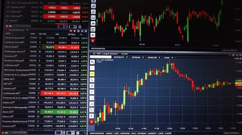 Ceny ropy w USA idą w dół - GospodarkaMorska.pl