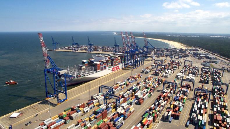Polskie firmy zaczynają odczuwać skutki opóźnionych dostaw komponentów z Chin - GospodarkaMorska.pl