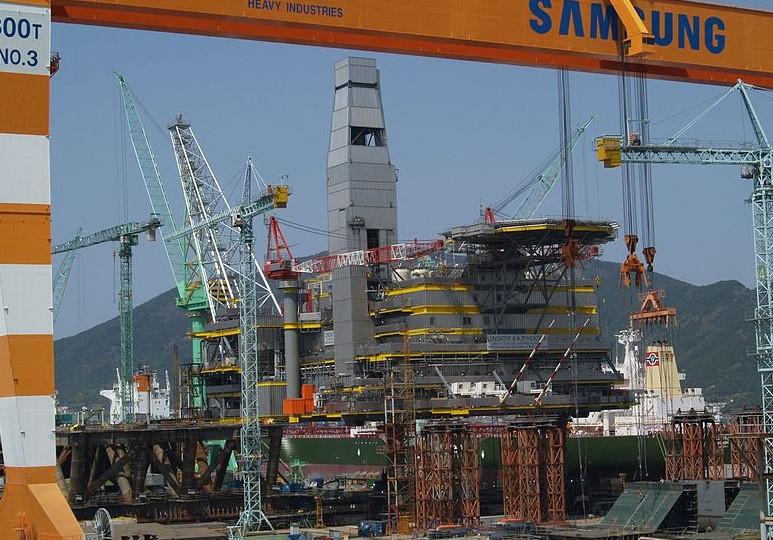 Samsung Heavy zdobyła warty 300 mln dolarów kontrakt na budowę trzech tankowców - GospodarkaMorska.pl