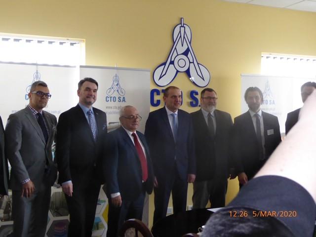 Prezydent Islandii odwiedził Gdańskie CTO S.A. - GospodarkaMorska.pl