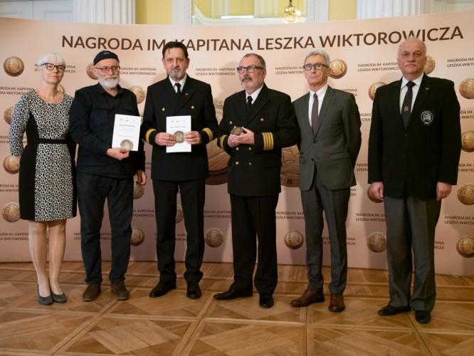 Wybitni żeglarze z Nagrodą im. Wiktorowicza - GospodarkaMorska.pl