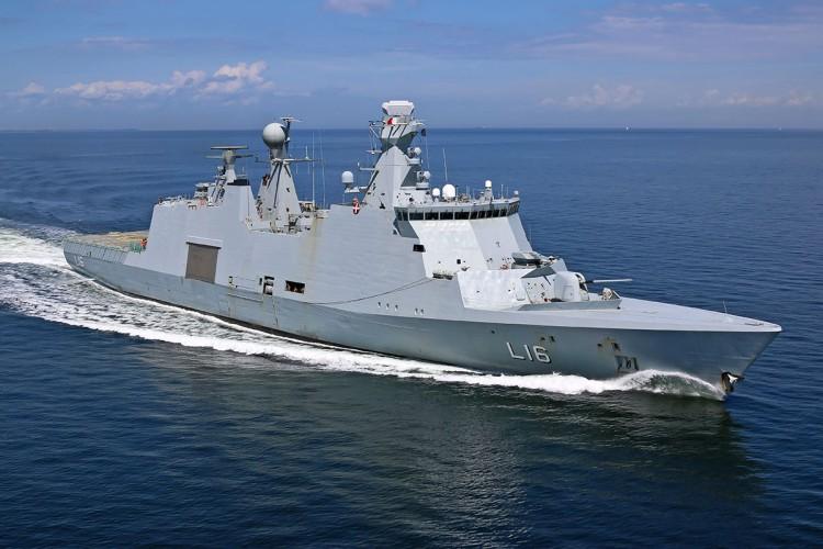 Trzy okręty NATO zawiną do Portu Gdynia - GospodarkaMorska.pl