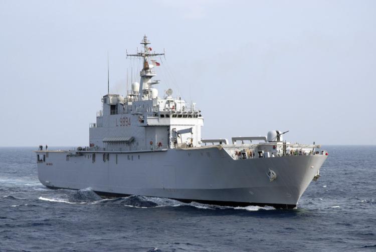 Włochy: Załogi dwóch okrętów marynarki wojennej poddane kwarantannie - GospodarkaMorska.pl