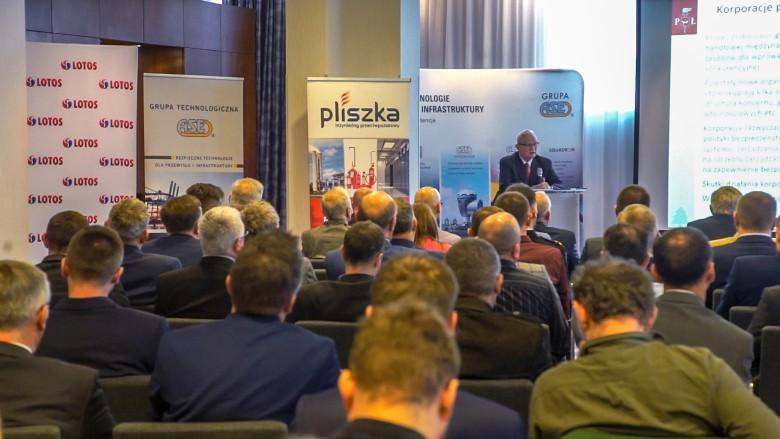 Przesunięcie terminu XXI Konferencji Strefy Ex - GospodarkaMorska.pl