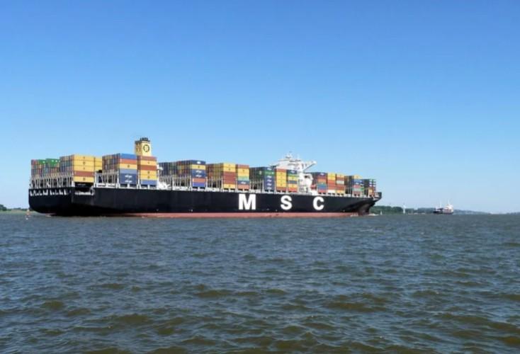 Siedmiu członków załogi MSC Talia F porwanych przez piratów - GospodarkaMorska.pl