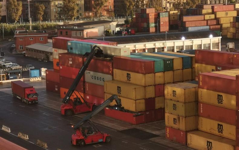 Włoskie porty pracują normalnie pomimo pandemii koronawirusa - GospodarkaMorska.pl