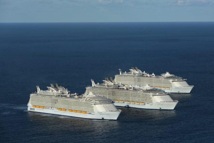 Royal Caribbean pożyczył 2,2 mld dolarów, by wzmocnić płynność finansową - GospodarkaMorska.pl