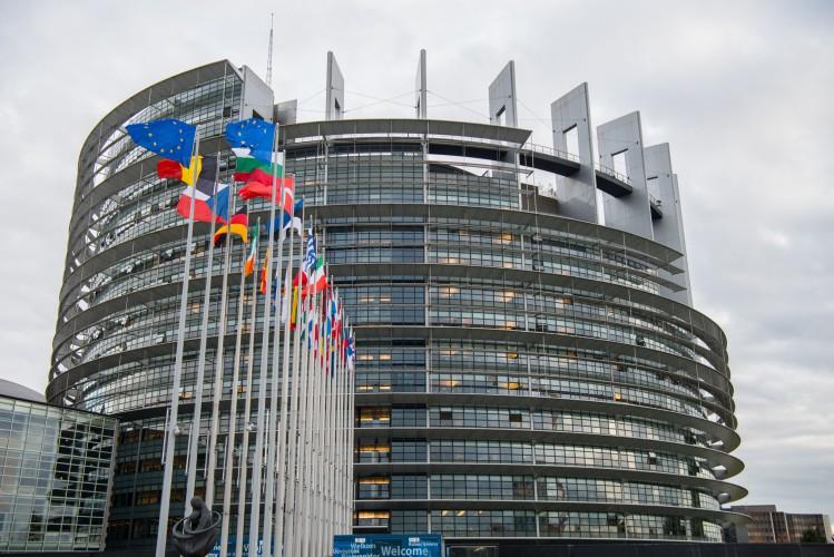 Przywódcy UE zdecydują o potrzebie nowego systemu zarządzania kryzysowego UE - GospodarkaMorska.pl