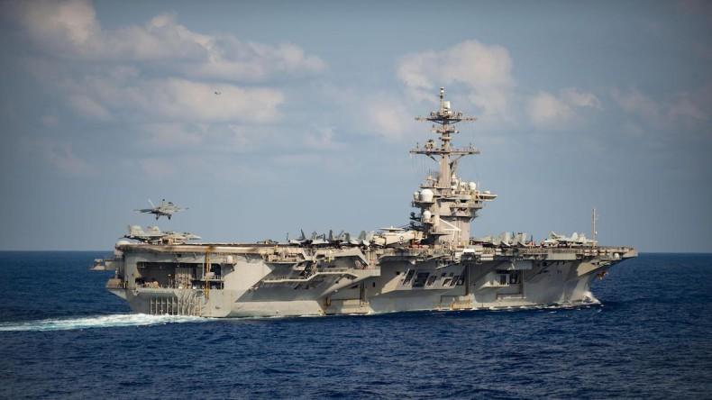 Trzech marynarzy USS Theodore Roosevelt z koronawirusem - GospodarkaMorska.pl