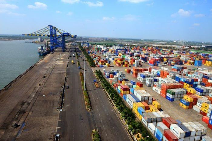 COVID-19: Hinduskie porty w chaosie - GospodarkaMorska.pl