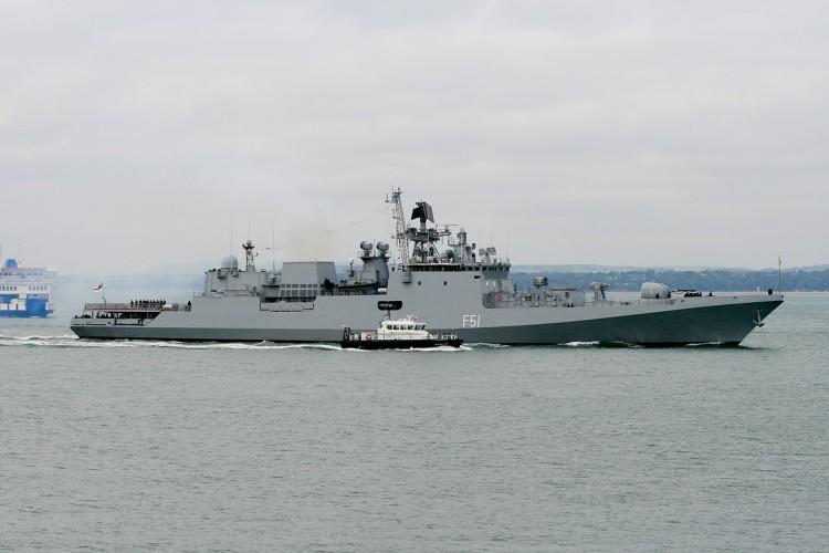 Brytyjska marynarka zaobserwowała wysoką aktywność rosyjskich okrętów wokół wybrzeży - GospodarkaMorska.pl