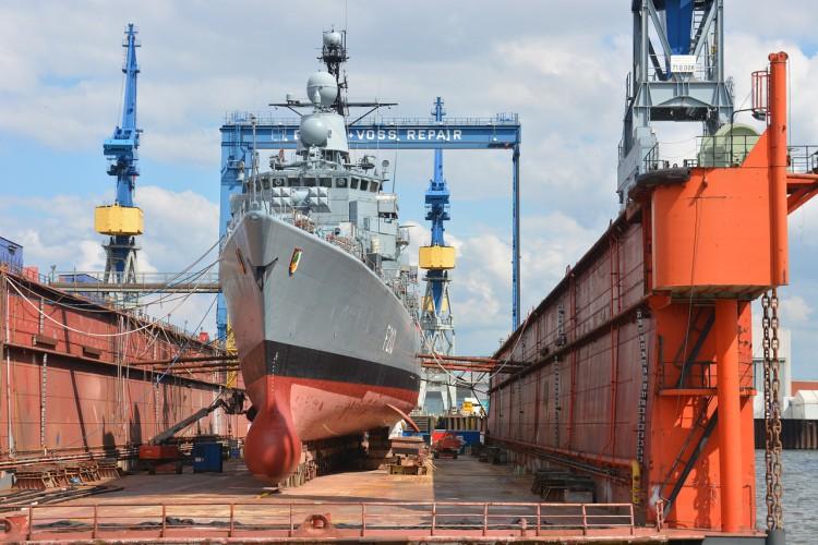 """Umowa o budowę statku a instytucja """"siły wyższej"""" w prawie angielskim - GospodarkaMorska.pl"""