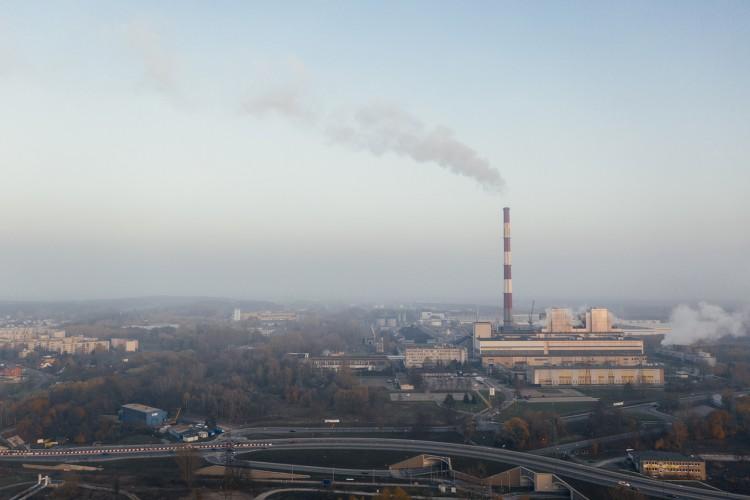 Koronawirus ogranicza emisje CO2. Kryzys po pandemii może jednak zepchnąć ochronę klimatu na drugi plan - GospodarkaMorska.pl