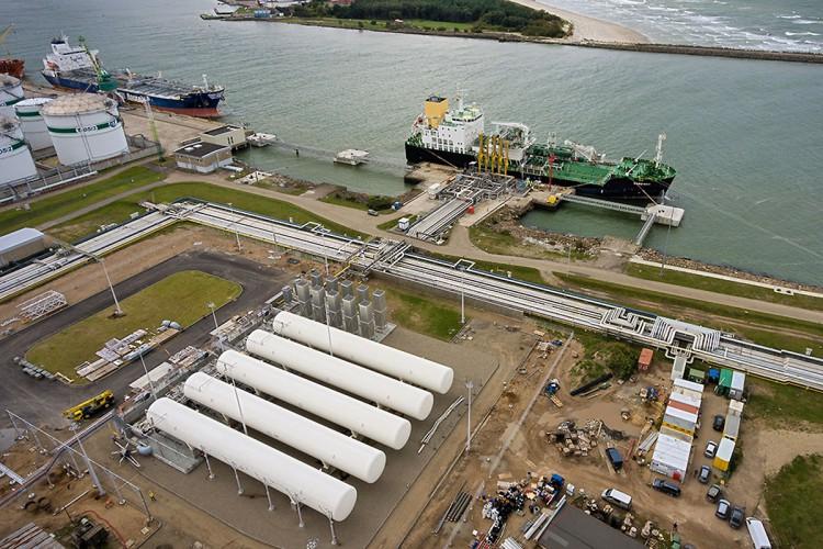PGNiG sprzedało pierwsze ładunki LNG z instalacji w Kłajpedzie - GospodarkaMorska.pl