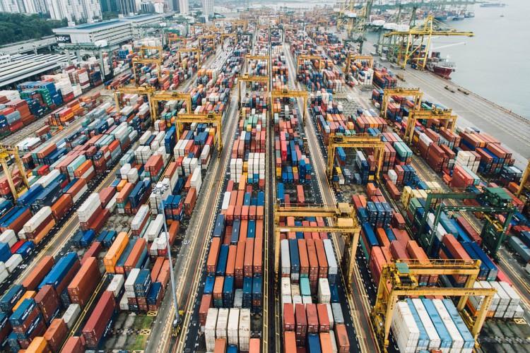 Blokady w portach paraliżują globalny eksport żywności - GospodarkaMorska.pl