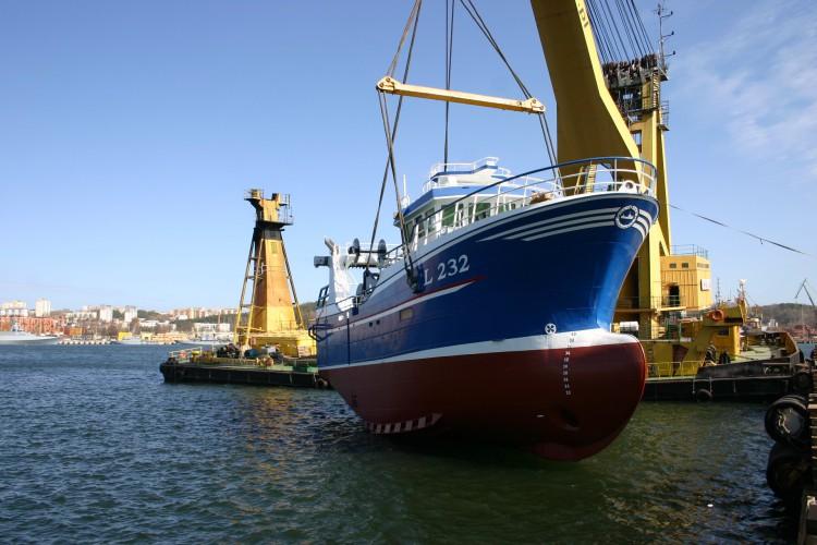 Pierwsze w tym roku wodowanie w Nauta-Hull (foto) - GospodarkaMorska.pl