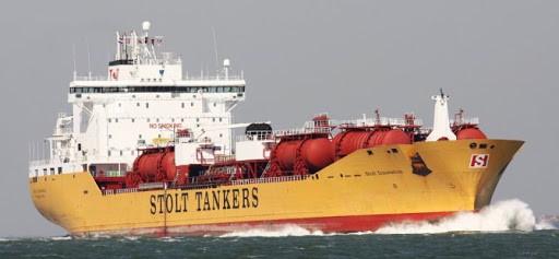 Norweski armator odwoła instalacje skruberów na swoich statkach, by obniżyć koszty w czasie kryzysu - GospodarkaMorska.pl