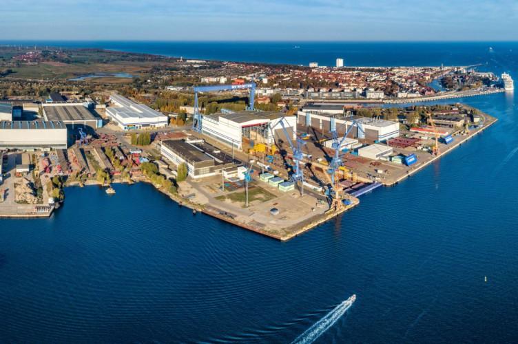 Niemiecka stocznia zawiesza działalność na kolejne 2 tygodnie - GospodarkaMorska.pl
