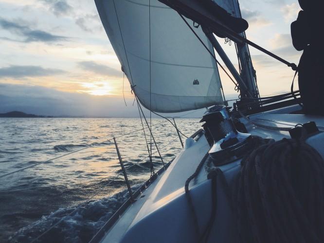 Rozpoczyna się sezon żeglarski - początek wyjątkowo trudny - GospodarkaMorska.pl