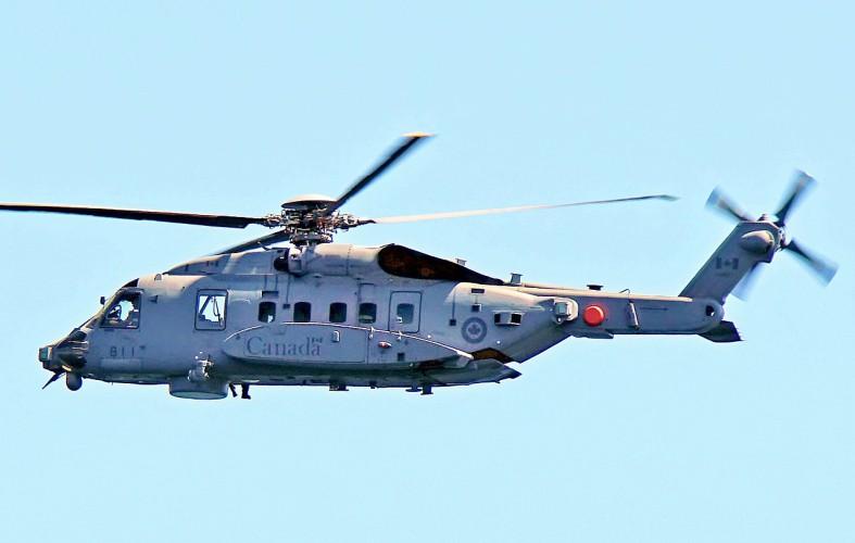 Jedna osoba zginęła, pięć jest zaginionych po wypadku śmigłowca na Morzu Jońskim - GospodarkaMorska.pl
