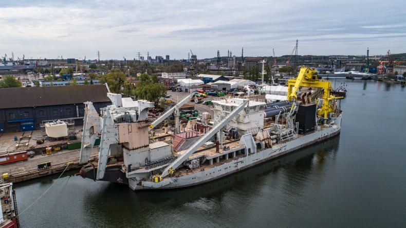 Stocznia Remontowa dokończy budowę ogromnej pogłębiarki (foto, wideo) - GospodarkaMorska.pl