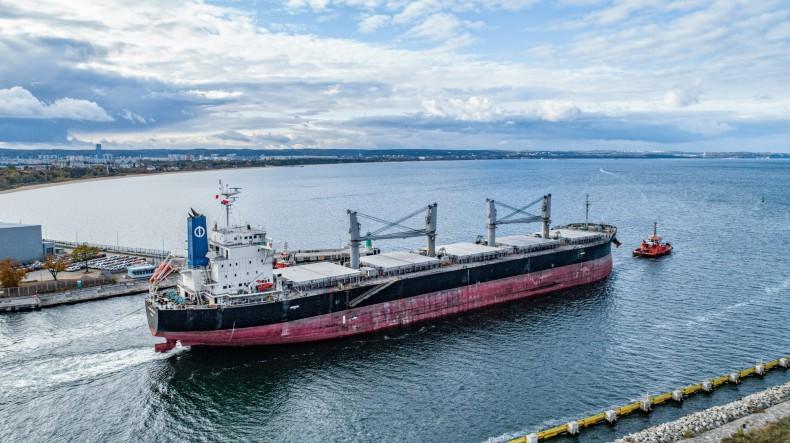 Raport z rynku żeglugowego –  wielkie floty z ładunkami kierują się do Chin (tydzień 18-20) - GospodarkaMorska.pl