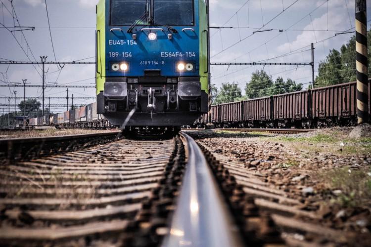 PKP: plan odbudowy gospodarczej UE ważny dla rozwoju kolei - GospodarkaMorska.pl