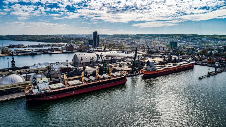 Port Gdynia utrzymał wzrost przeładunków w pierwszych 4 miesiącach roku - GospodarkaMorska.pl