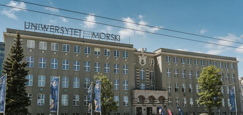 Będą zmiany w obchodach 100-lecia szkolnictwa morskiego na UM - GospodarkaMorska.pl