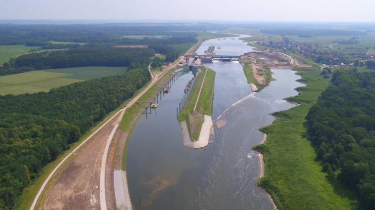 """Premier: stopień wodny w Malczycach jest symbolem przełamania """"imposylibizmu"""" - GospodarkaMorska.pl"""